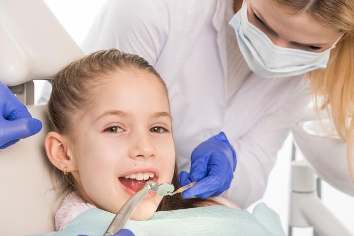 虫歯治療後に痛いのはなぜ?子どもの虫歯は進行しやすいので注意が必要