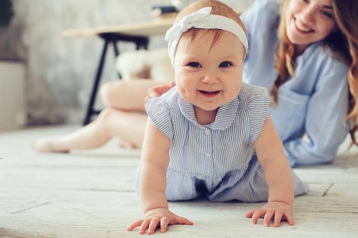 赤ちゃんの歯医者デビューはいつから?早めに通うメリットやむし歯の治療開始時期とは