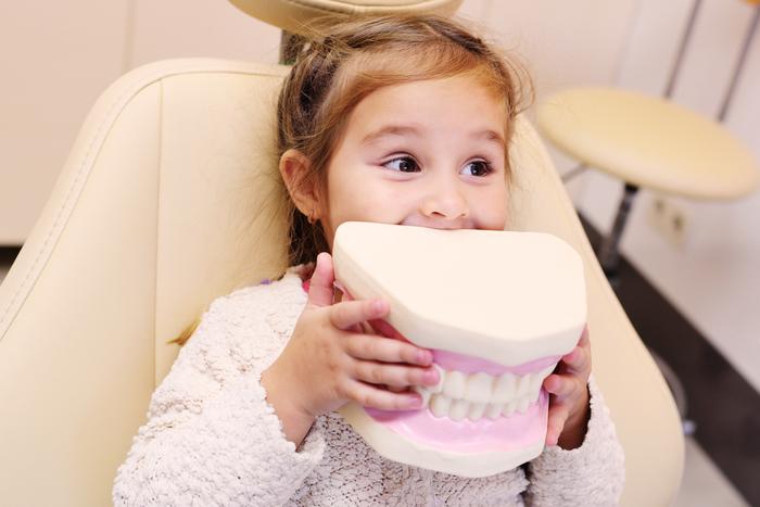 歯並びが悪い原因や影響は?6つの歯列不正と矯正治療のメリットとは